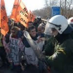 Εκπαιδευτικοί Διόδια ΜΑΤ Λάρισα 11 Γεν 2014 βίντεο