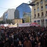 φωτο ρεπορταζ από την συγκέντρωση-πορεία για την μαύρη επέτειο της δολοφονίας του Αλέξανδρου  Γρηγορόπουλου και συμπαράστασης στο Νίκο Ρωμανό,Προπύλαια 13:00 μμ  6 12 2014